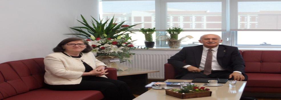 Yeni Kurulan Eskişehir Teknik Üniversitesinin Rektörü Prof. Dr. Sayın Tuncay DÖĞEROĞLU'na Tebrik Ziyareti